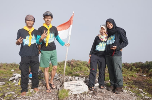 tim-7-summits-binaiya-bendera